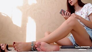 Feet Soles Trotters Anklet. Face. 1080p ( 2 )