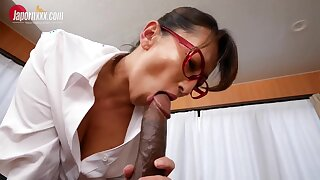 Japanese Weaken takes Bbc - Obese Asian gut in interracial in the hospital